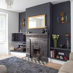 Traditional living room with grey painted feature wall Living Room Grey, Home Living Room, Living Room Designs, Living Room Fireplace, Alcove Ideas Living Room, Fireplace Feature Wall, Feature Wall Living Room, Living Room Shelves, Fireplace Wall