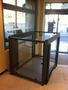 elevador com vidro residencial   #elevadores #elevador #residencial #residenciais #plataforma #acessibilidade #elevatória #cadeirantes #deficientes #físicos #mobilidade #reduzida #simples #preços #valo #valores #decoração #decor #interno #externo #medidas #simples #agora