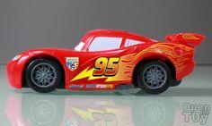 Open The Toy: Mattel Cars 2 Lightning McQueen