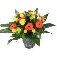 Oranje en gele bloemen boeket  Vanaf: €12,95