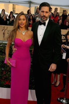 Pin for Later: Confirmed: Sofia Vergara and Joe Manganiello Are the Hottest Couple at the SAG Awards