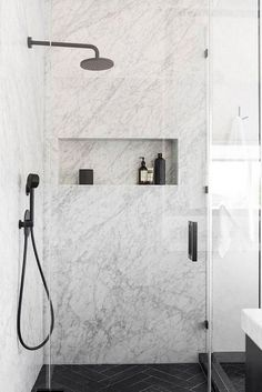Amazing Marble Bathroom Tile Design Ideas - Page 18 of 22 Best Bathroom Tiles, Marble Bathroom Floor, Bathroom Flooring, Marble Tiles, Shower Tiles, Bathroom Showers, Marbel Bathroom, Bathroom Canvas, Wooden Bathroom