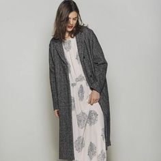 Fall-Winter 2014-15 collection #pomamdere #women #fw14 #coat #longdress #elegance #simplicity #lookoftheday #style #fashion #outfit  www.pomandere.com www.macandi.com