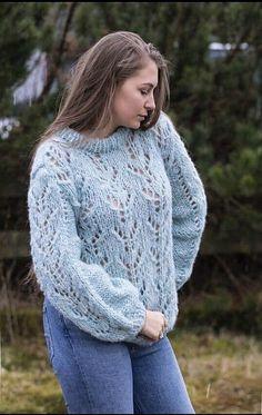Ravelry: Kristianes fingenser pattern by Anett Opheim Lace Sweater, Knit Cardigan, Sweater Knitting Patterns, Crochet Patterns, Ravelry, Blouses For Women, Knit Crochet, Pullover, Wool