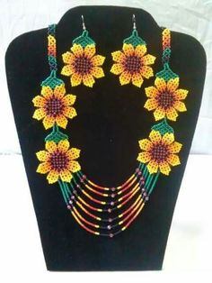 Crochet Necklace, Beads, Jewelry, Decor, Bead Necklaces, Flowers, Beading, Jewlery, Decoration