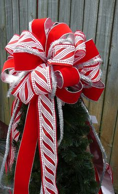 Tree Top Bow For Christmas   Large Fun Tree Topper In Red White And Silver    Candy Stripe   Fun Christmas Tree Topper