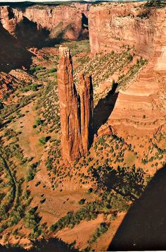 Spider Rock in Canyon de Chelly ...  U.S. National Monument, Arizona