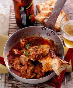 Nasionale braai dag chicken livers peri peri Notas: Heerlik met klapper olie en 'n bietjie suiker by, en n glas rooiwyn ipv brandewyn Braai Recipes, New Recipes, Whole Food Recipes, Recipies, South African Dishes, South African Recipes, Ethnic Recipes, Chicken Liver Recipes, Peri Peri Chicken