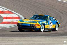 #Ferrari #365 #GTB4 sur la piste de #Dijon_Prenois au #GPAO Article original : http://newsdanciennes.com/2015/06/07/news-danciennes-au-grand-prix-de-lage-dor/ #Racecar #VintageCar #ClassicCar #ItalianCar