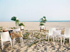Photography: Lavender & Twine - lavenderandtwine.com  Read More: http://www.stylemepretty.com/2014/07/28/modern-beach-house-wedding-inspiration/