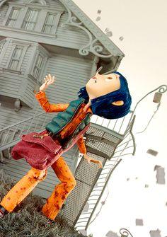 Coraline - Other world collapse Coraline Movie, Coraline Jones, Tim Burton Characters, Tim Burton Films, Beetlejuice, Coraline Aesthetic, Estilo Tim Burton, Stop Motion Movies, Laika Studios