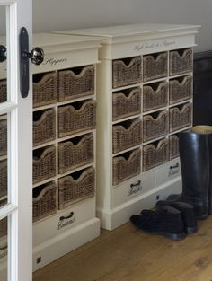 Beachhouse | Long Island | Riviera Maison | Heels and slippers cabinet
