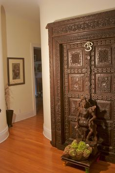 Tropical Home Swinging Doors Design, Pictures, Remodel, Decor and Ideas - page 3