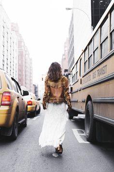 Boho✌ and Gypsy style Look Boho Chic, Bohemian Style, Hippie Boho, Woodstock, Boho Fashion, Fashion Show, Net Fashion, Fashion Trends, Gypsy