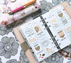 By _geisha_ on Instagram  This week in my patent nude... #filofax #filofaxoriginal #filofaxpersonal #filofaxpatentnude #planner #plannergirl #plannerlove #planneraddict #coffeecameraplanner #forevernew #forevernewplanner #katespadepen #inkyco