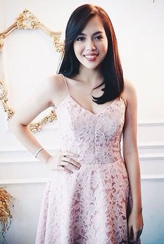 Julia Montes Child Actresses, Child Actors, Filipiniana Dress, Fashion Models, Women's Fashion, Celebs, Celebrities, Filipino, Abs