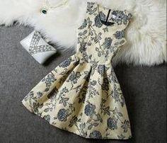 Fashion Embroidered Sleeveless Dress