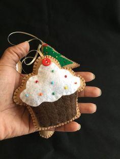 Bucilla felt Christmas ornaments step-by-step / DIY / I lost the chart! Felt Christmas Decorations, Christmas Nativity Scene, Felt Christmas Ornaments, Pink Christmas, Christmas Themes, Handmade Christmas, Christmas Crafts, Christmas Stockings, Felted Wool Crafts