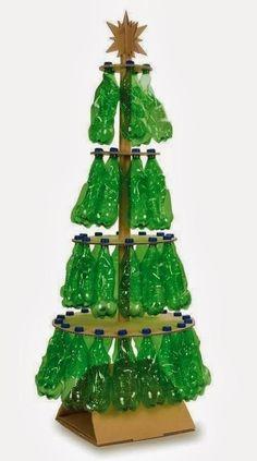 Dime qué material tienes en casa que quieras reciclar y te contamos cómo puedes diseñar con él un árbol navideño. Te mostramos más de 50 ideas de árboles d
