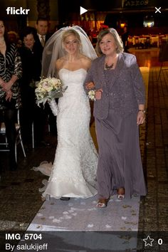 Wedding dresses in Foster City