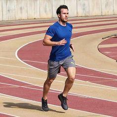 The only bad workout is the one you didn't do 👊 Great photo from super athlete, @rvbengarcia  ・・・  🏃🏻 Hagas lo que hagas, no seas otro ladrillo en el muro. ¡A darlo todo y a por la semana familia! 💪🏻 | #TrainFaster #RunYourWay #Intersport  -  👟 @PUMA IGNITE 3 | @PUMARunning  -  🤗 ¡Feliz lunes y hasta pronto chic@s!  -  📸 @angelgarciagascon