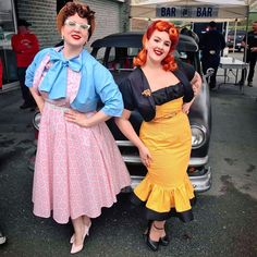 """Vintagestyle Seamstress on Instagram: """"🖤💖Two Gorgeously Vintage Ladies, posing with their handmade dresses! 💖🖤 I am beyond proud and happy of the final results of our garments.…"""" Rockabilly Fashion, Retro Fashion, Vintage Fashion, Pin Up Hair, Pin Up Models, Retro Hairstyles, Handmade Dresses, Pin Up Style, Vintage Girls"""