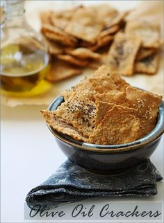 Ottolenghi's Olive Oil Crackers Thermomix: Place all ingredients in TM bowl. Mix at speed 6 for 30 seconds, and knead in closed position for 2 minutes. Sweets Recipes, Baking Recipes, Snack Recipes, Savory Snacks, Vegan Snacks, Olive Oil Cracker Recipe, Egg Free Cookies, Savoury Biscuits, Homemade Crackers