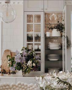 Home Design Decor, House Design, Home Decor, Bedroom Wall Designs, Interior Decorating, Interior Design, Home Comforts, Minimalist Kitchen, Scandinavian Interior