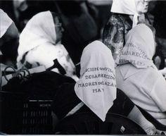 abuelas y madres de la Plaza de Mayo