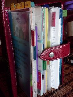 I secretly love Filofax. I just love stationary, and Filofax is the ultimate in organisational porn Paper Organization, Life Organization, Organisation Ideas, Organizing Tips, Organising, Printable Planner, Planner Stickers, Printables, Agenda Planning