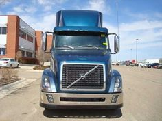 Volvo VNL64T-430 Trucks    http://www.nexttruckonline.com/trucks-for-sale/by-make/Volvo/VNL64T-430/results.html