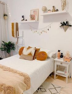 Room Design Bedroom, Small Room Bedroom, Room Ideas Bedroom, Home Decor Bedroom, Master Bedroom, Bedroom Inspo, Bed Room, Cozy Room, My New Room