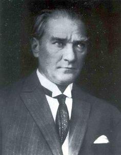 Atatürk Cumhurbaşkanım YaseminAksu
