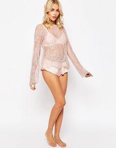 Bild 4 von ASOS – Delicate – Schlafanzug mit Tunika-Oberteil aus Eyelash-Spitze und French Knickers aus Satin