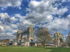Tower Bridge looks like a fairy tale today by effyhong