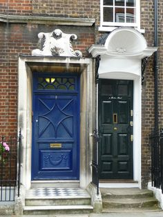 Side by Side   Barton Street    London