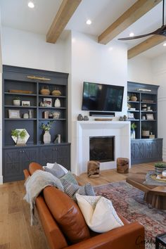 Modern Farmhouse Home Tour: Millhaven Homes - Cabinetry painted with Benjamin Moore Trout Gray. Millhaven Homes - Modern Minimalist Living Room, Living Room Modern, My Living Room, Home And Living, Living Room Designs, Small Living, Living Room Built Ins, Cozy Living, Fireplace Living Rooms
