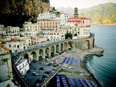 Atrani, Italy / photo by Nimue