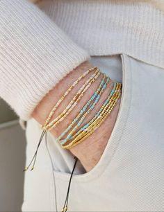Friendship Bracelets With Beads, Beaded Wrap Bracelets, Seed Bead Bracelets, Seed Beads, Beaded Jewelry, Suede Bracelet, Jewellery, Jewelry Necklaces, Armband Baby