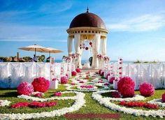 Aisle Decor for the Indian-Wedding-Mandap Setting is Perfect Wedding Ceremony Ideas, Wedding Aisle Decorations, Wedding Mandap, Wedding Trends, Wedding Venues, Wedding Ceremonies, Wedding Aisles, Outdoor Ceremony, Outdoor Weddings