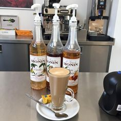 #Flavoured #Syrups # Latte #Coffee Ketchup, Latte, Coffee, Food, Vanilla, Kaffee, Essen, Cup Of Coffee, Meals
