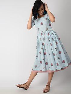 Designer Dresses in beautiful colors Long Gown Dress, Frock Dress, Cotton Frocks, Cotton Dresses, Frock Fashion, Fashion Dresses, Women's Fashion, Cotton Dress Indian, Frock Models
