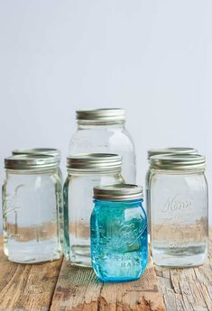 The simple task of Canning Water is great for emergency preparedness, power outages, or when you need access to distilled water. Learning how to can water is a low-cost supply for your family's drinking water needs. Canning Rack, Canning Supplies, Glass Measuring Cup, Water Bath Canning, Quart Jar, Pantry Essentials, Printable Recipe Cards, Power Outage, Canning Recipes