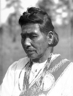 Choctaw Indians: Pisatuntema in Partial Native Dress with Hairstyle and Ornament (U.S. History Images)