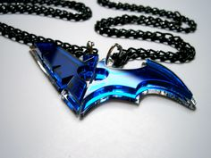 Best Friends Nightwing Batwoman Necklaces – Blue Transparent Acrylic
