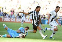 BotafogoDePrimeira: Como superar Martín Silva? Botafogo prega tranquil...