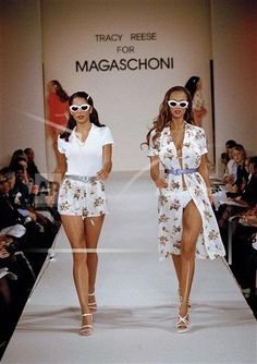 Magaschoni Spring Summer 1995 New York - Designer: Tracy Reese - Model: Tyra Banks