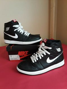 95402a134b5772 Men s Nike Air Jordan 1 Retro High OG Black White Yin Yang Size 8.5  fashion