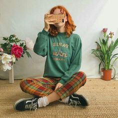 Cute faded forest green vintage jumper sweater 🥀With. - Depop - Cute faded forest green vintage jumper sweater 🥀With chunky – Depop Best Picture For outfits - Retro Outfits, Grunge Outfits, Casual Outfits, Fashion Outfits, Vintage Hipster Outfits, Hippie Outfits, Vintage Jumper, Vintage Sweaters, Aesthetic Fashion