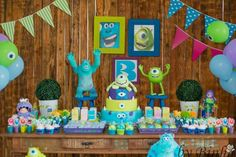 monster inc party Monster University Birthday, Monster Inc Party, Monster Birthday Parties, Disney Birthday, Girl Birthday, Monsters Inc Baby Shower, Festa Party, Navy Party, Toy Store
